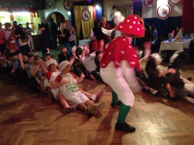 Fasching 2013 in Weissig - Spass beim Tanz